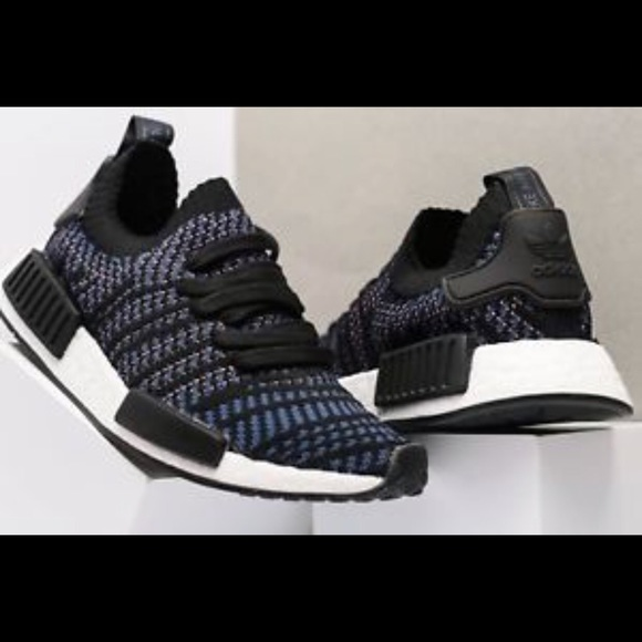 2037d1ce7 WOMEN S ADIDAS NMD R1 STLT PRIMEKNIT CASUAL SHOES